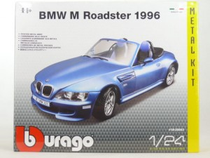 BMW M Roadster (Kit) w skali 1:24 - Bburago 25043