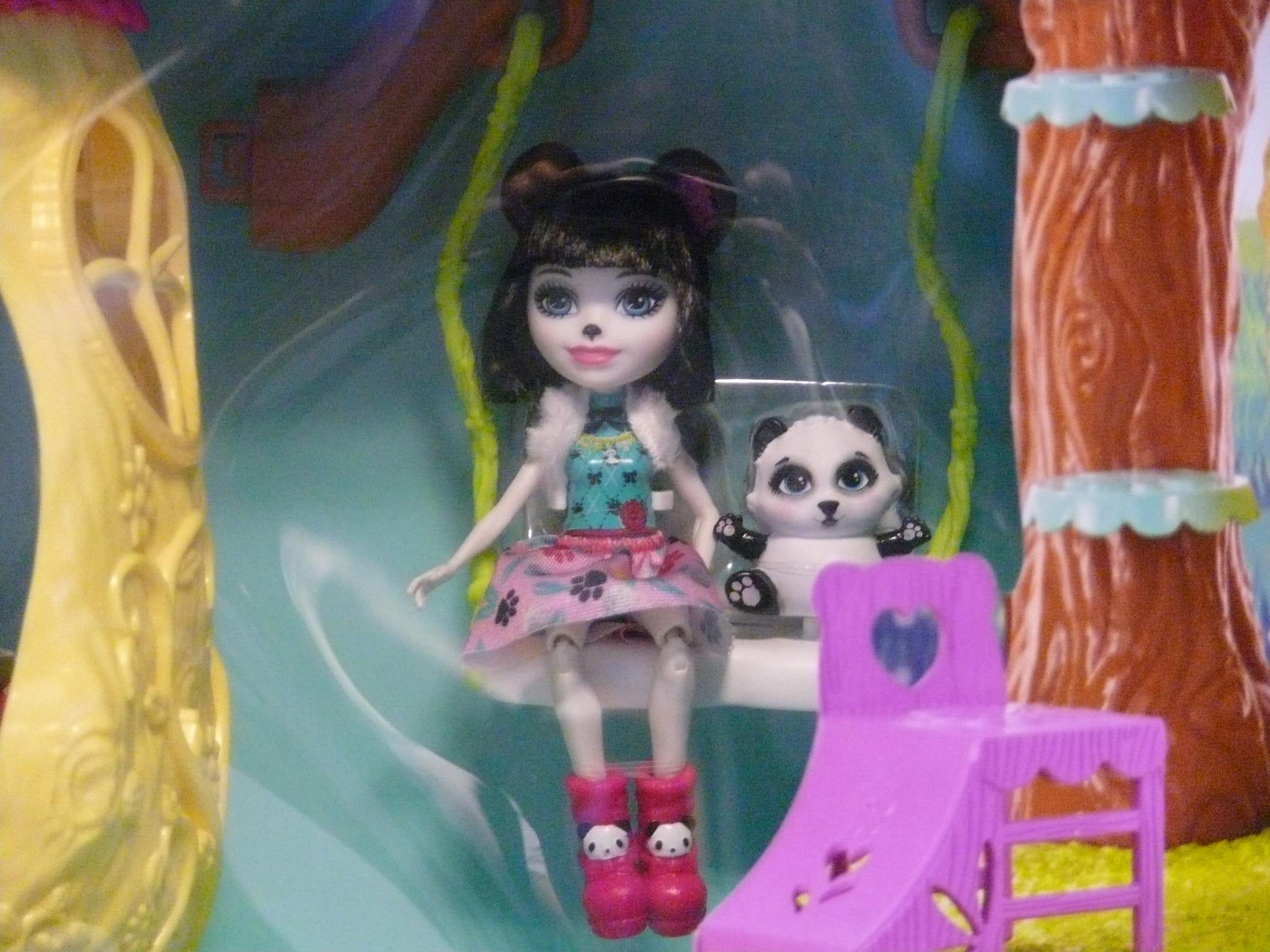Barbie Enchantimals Zestaw Leśny Domek Fnm92